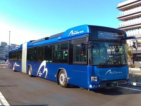 P_20200210_横浜市バス連節バス (1)