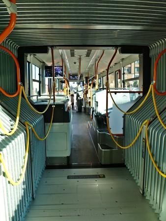 200210-横浜市バス連節バス (80)