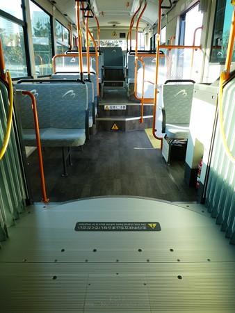 200210-横浜市バス連節バス (114)