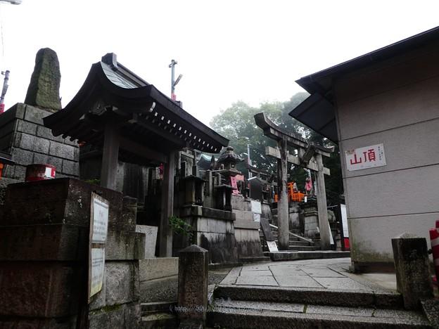 201018-伏見稲荷 (136)