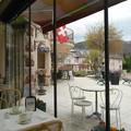 写真: レストランはガラガラ