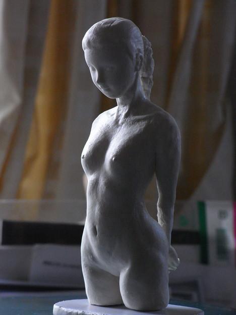 紙粘土人形 裸婦像8 少女逆光
