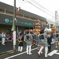Photos: ケアハウス前で神輿練り