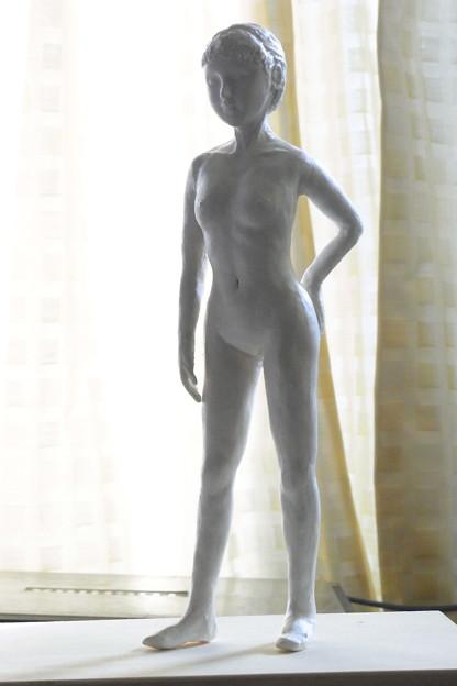 Photos: 白人形立像逆光