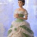 ビクトリア調ドレス人形グリーン