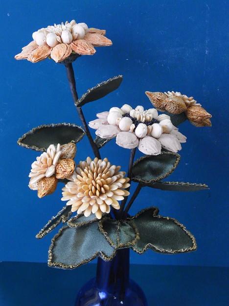 フルーツの種細工の花