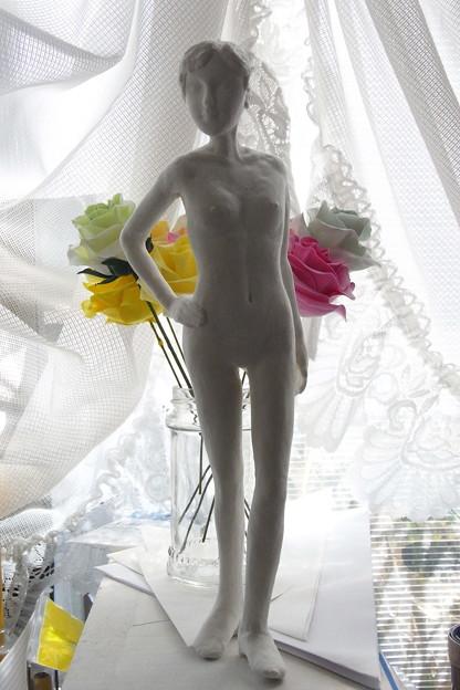紙粘土人形 裸婦16前逆光