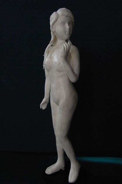 Photos: 紙粘土人形裸婦29 見返り