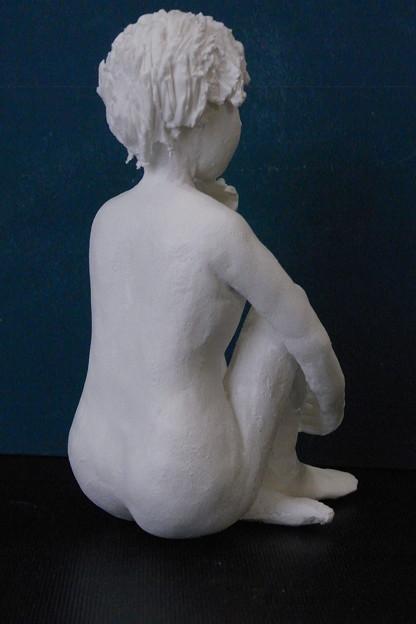 紙粘土人形裸婦像54 ほおづえ後ろ