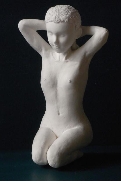 紙粘土人形裸婦像61 正座髪直し前