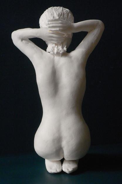 紙粘土人形裸婦像61 正座髪直し後