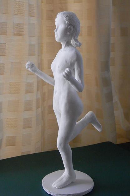 Photos: 紙粘土人形裸婦像62 はしゃぎ横
