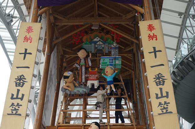 【2014年6月24日撮影】博多祇園山笠 飾り山笠 博多駅 2014年 飾り付けの様子 (7)
