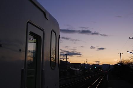 古井駅にて