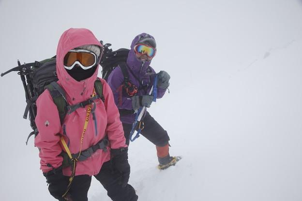 日本の山 雪山講習会S1 蓼科山 山頂付近はホワイトアウトに