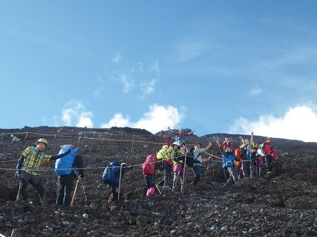 東北の高校生の富士登山2019応援登山 雷の予報がこの天気!