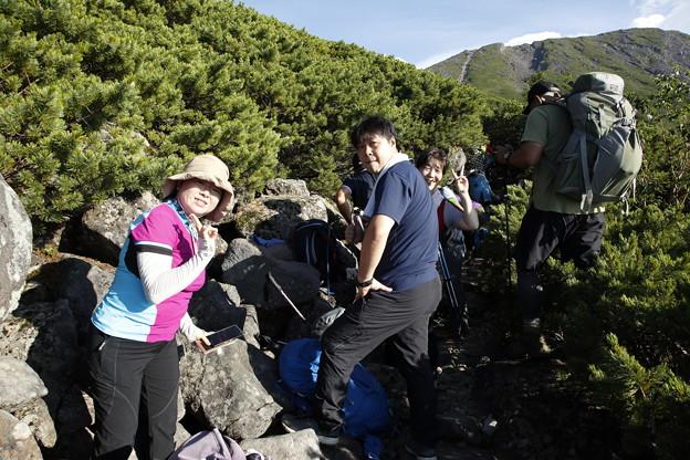 日本の山 次晴登山部 御嶽山 森林限界を超えます
