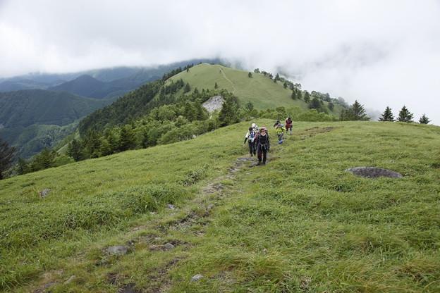 日本の山 美ヶ原ロングトレイル 三峰山へ