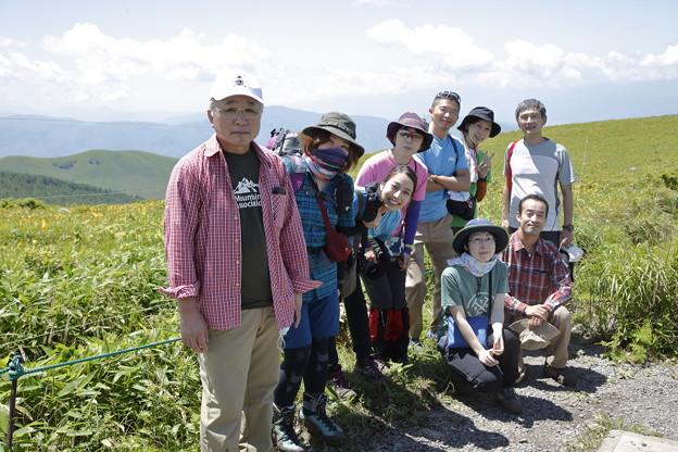 日本の山 空見ハイキング 霧ヶ峰 車山の方はニッコウキスゲが盛り