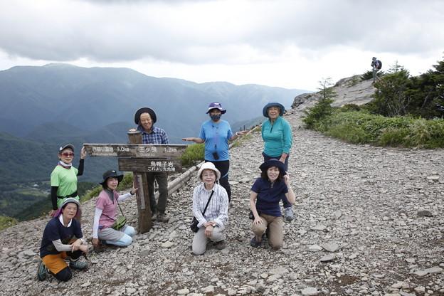 日本の山 美ヶ原ロングトレイル 烏帽子岩です、全コース踏破の申請での撮影ポイント