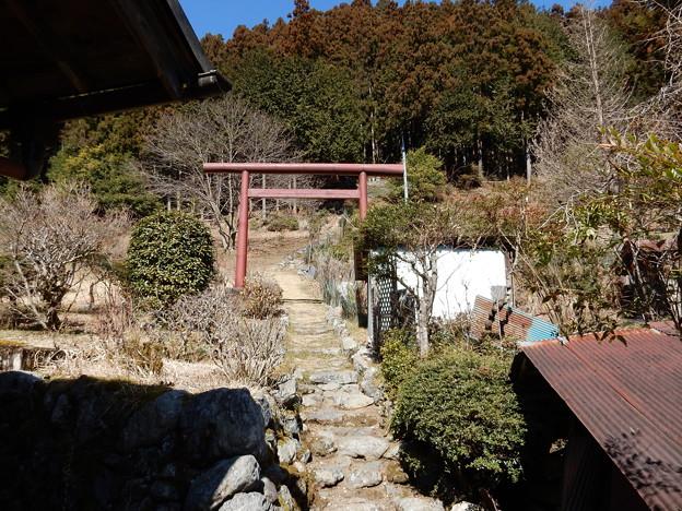 三照稲荷神社