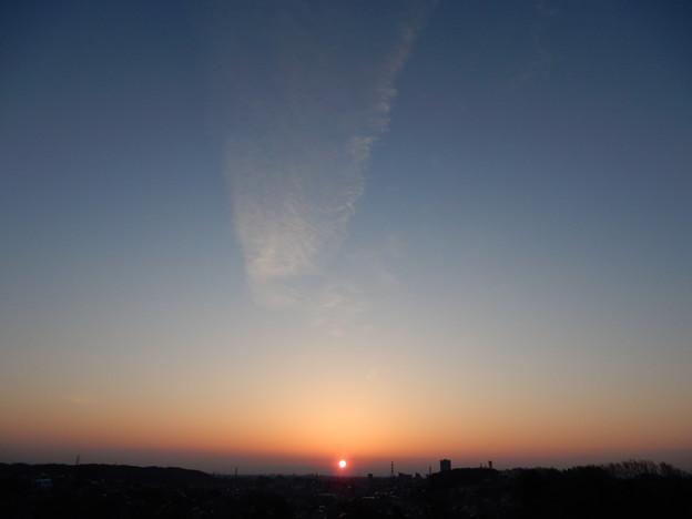多摩湖から日の出
