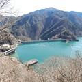 八方岩展望台から小河内ダム