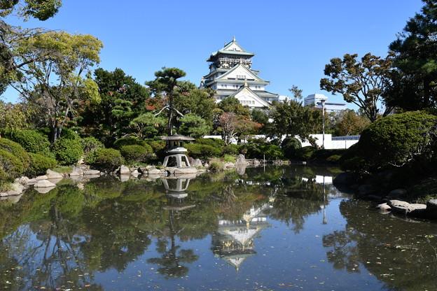 大阪城と日本庭園