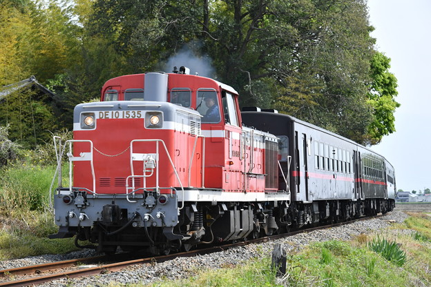 SLもおか号回送列車 (DE101535)