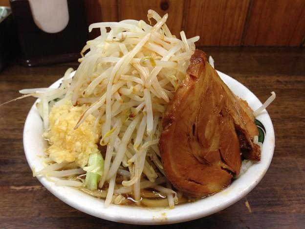 カミナリ北松戸本店のラーメン(並) 以前の野菜マシ