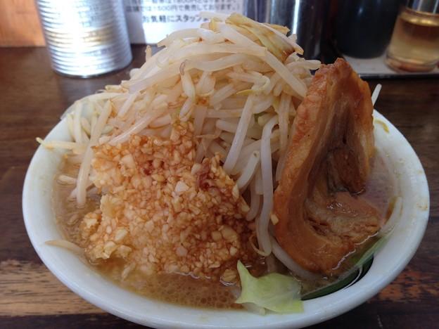 カミナリ北松戸本店のラーメン(並) 野菜マシとにんにくマシ