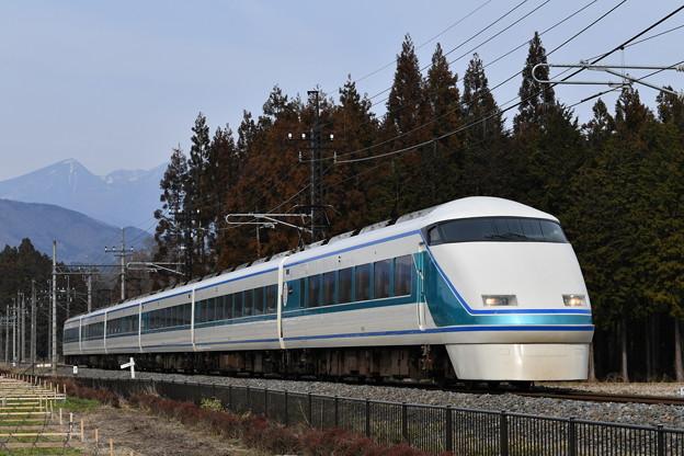 東武鉄道100系スペーシア 「粋」編成 (回送上り)