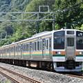 Photos: 上越線普通列車 (211系 6両)