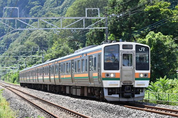 上越線普通列車 (211系 4両)