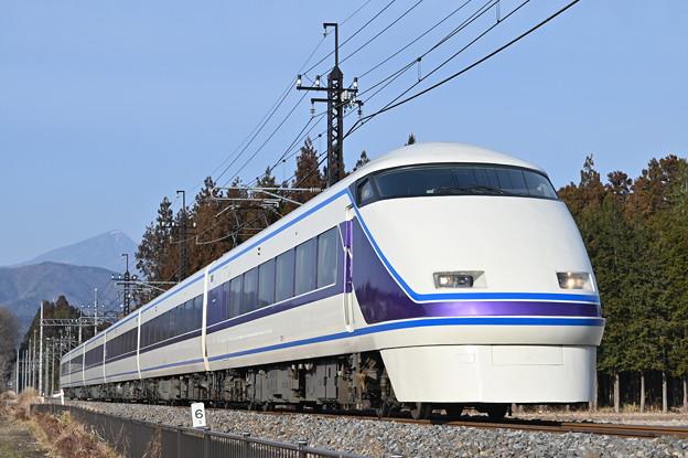 東武鉄道100系スペーシア 「雅」編成