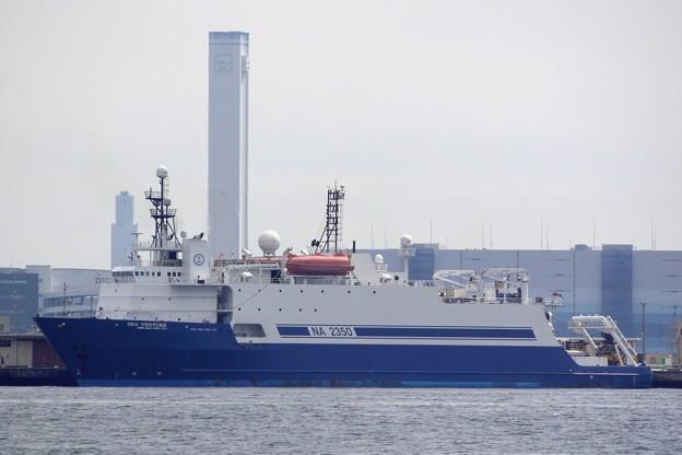 写真: 海洋調査船 「 SEA VENTURE 」 -2