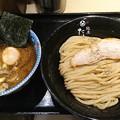 Photos: 阪急の駅の中のラーメン屋