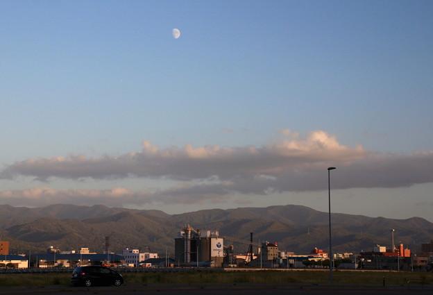 月のある風景02