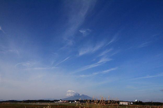 岩木山と雲のアート01