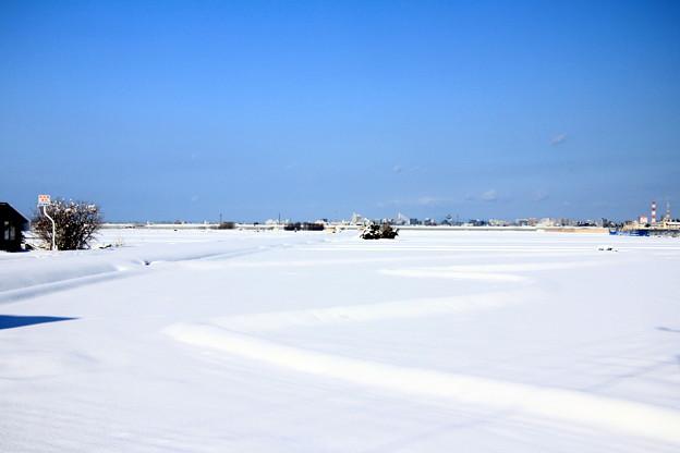 雪原現る06