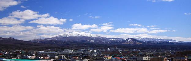 白く輝く八甲田山02