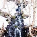 雪解け水の滝02