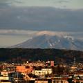 Photos: 朝陽を受ける岩木山1