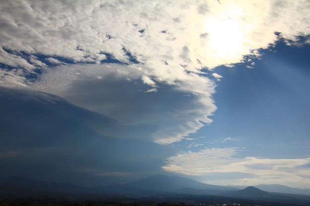 八甲田山と雲の競演1