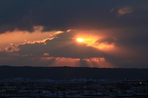 雲と夕陽のバトル