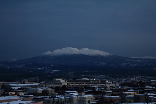 冠雪の八甲田山