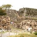 写真: 竹田城跡の下りからの石垣