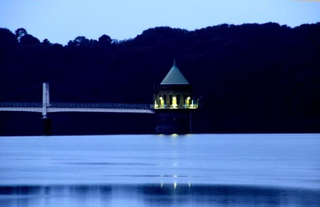 狭山湖の給水塔
