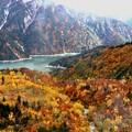 紅葉の黒部湖1