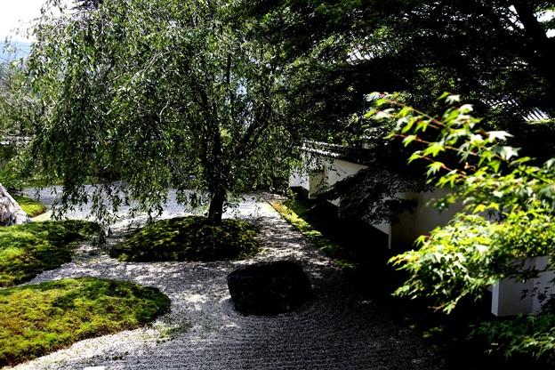 実相院の石庭2